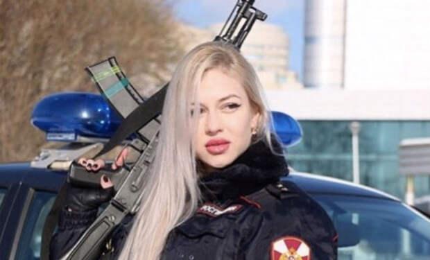 Военные показали самую красивую женщину армии России