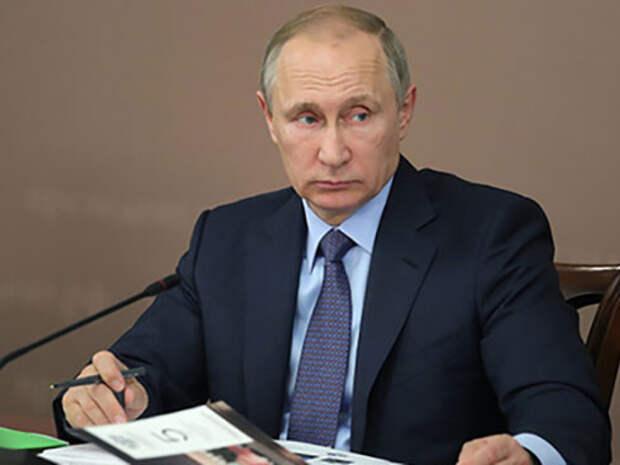 Путин потребовал построить второй в мире по силе флот