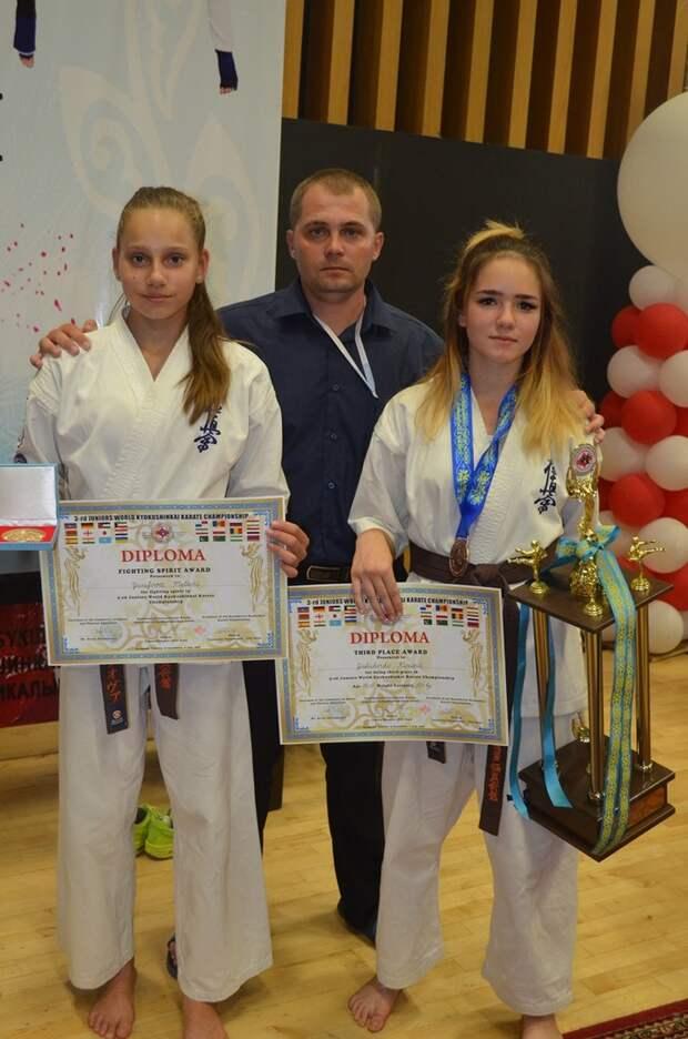 Крымчанки в составе сборной России взяли бронзу на Чемпионате мира по каратэ 2