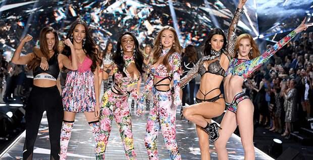 Модели обвинили сотрудников Victoria's Secret в харассменте