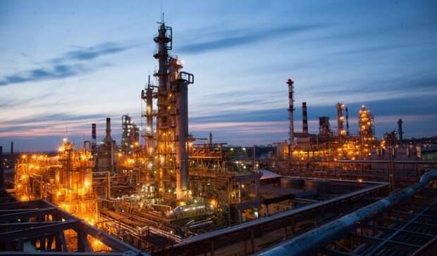 Хабаровский НПЗ отгрузил уже 1,5тысяч тонн топлива