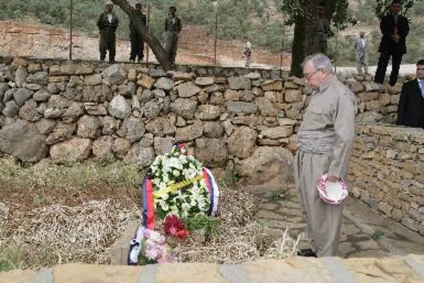 Евгений Примаков с курдскими повстанцами пешмерга.