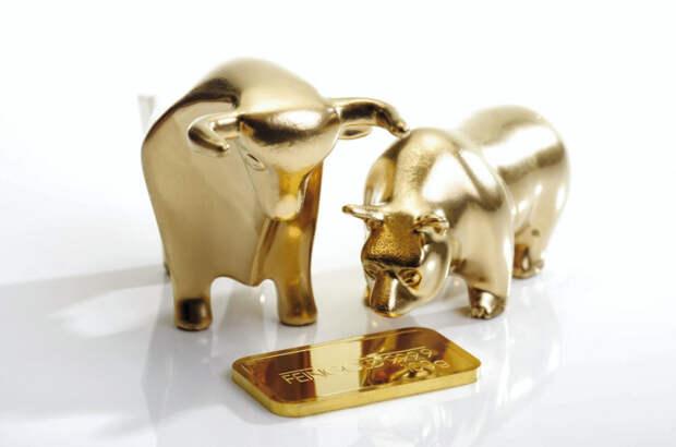 Полный штиль: цены на золото почти замерли в ожидании данных по инфляции в США