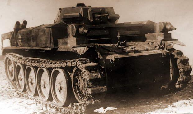 Огнеметный танк из 101-го огнеметного танкового батальона, захваченный советскими войсками после боя 21 августа 1941 года в районе Почепова. - «Чёрная смерть» против «Дивизии-призрака»   Военно-исторический портал Warspot.ru