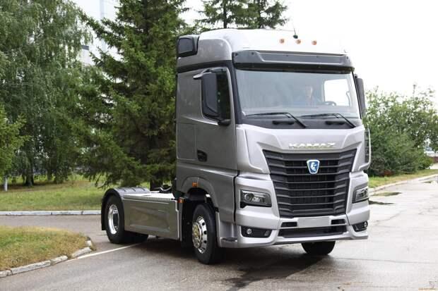 КАМАЗ испытывает двигатель на метане с мощностью 720 л.с