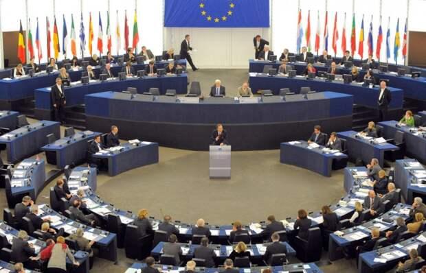 Фракция «левых» в Европарламенте выступила против санкций в отношении России