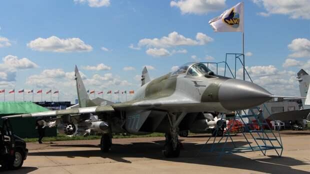Причиной крушения МиГ-29 в Астраханской области мог стать человеческий фактор