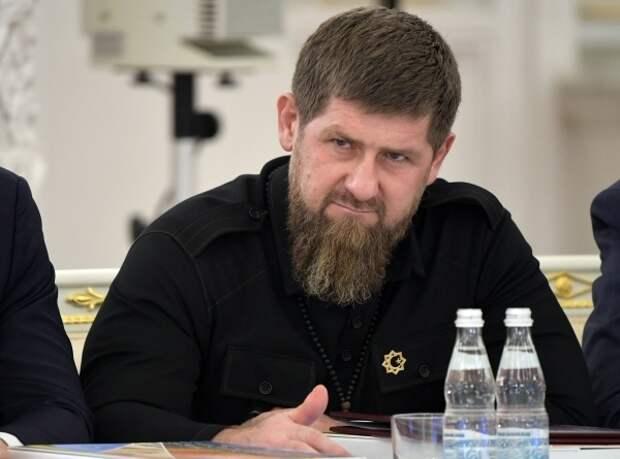 Кадыров заявил о желании всех чеченцев попасть вместе с ним под санкции США