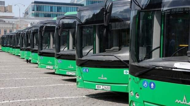 Сегодня городские автобусы тоже красят в один цвет, но у каждого населенного пункта он свой / Фото: vtambove.ru
