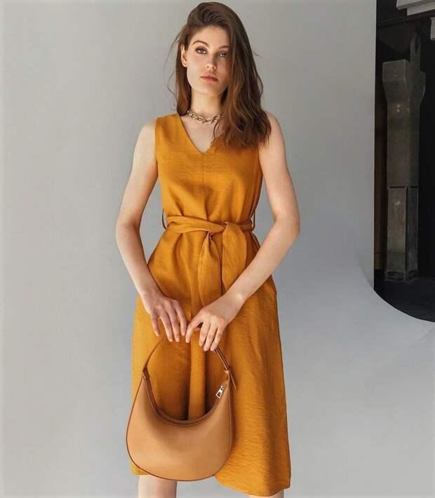 Стильные платья для деловых мероприятий, которые будут актуальны летом 2020 года