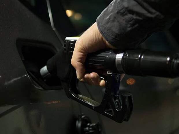 «Коммерсант»: В России собираются ограничить экспорт бензина