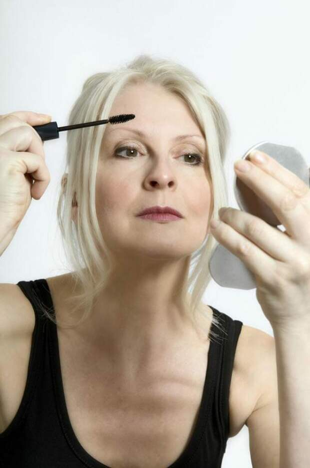 Простые правила повседневного макияжа для женщин после 60+
