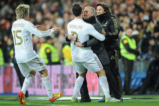 Коэнтрау: «Чистый талант Роналду дополняет усердной работой, что делает его лучшим в мире»