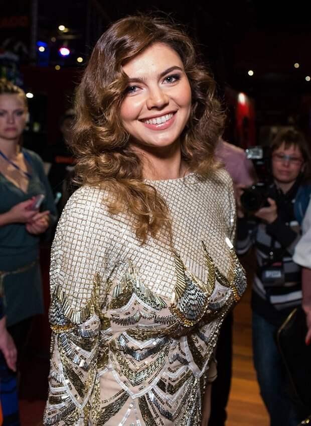 Алина Кабаева новое фото 2014 год