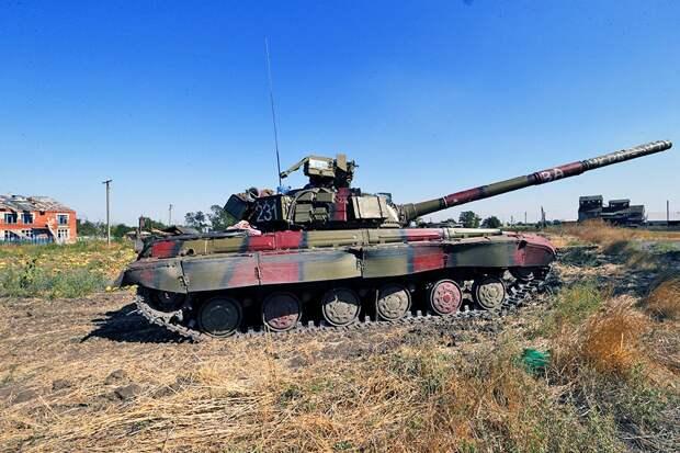 ВСУ перебросили в Мариуполь модернизированные Т-64