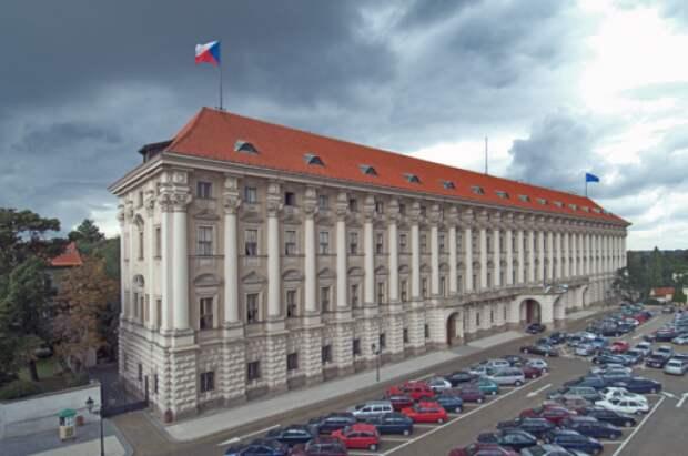Чехия допустила, что потребует от РФ компенсации за взрывы во Врбетице