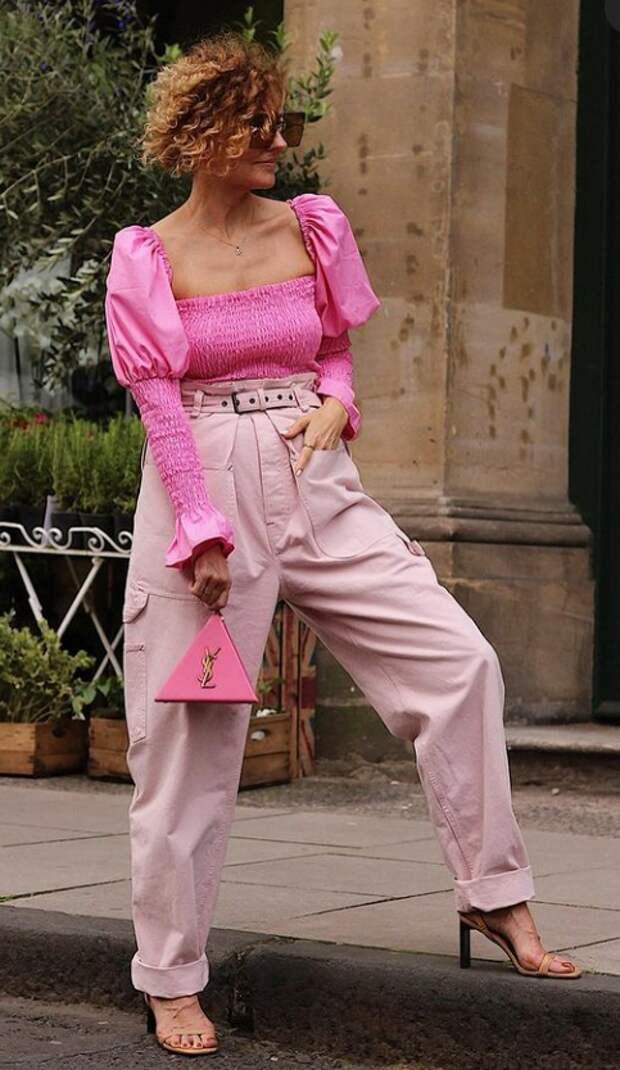 """Как носить """"опасные"""" цвета, на которые стилисты запрещают даже смотреть после 50 лет"""