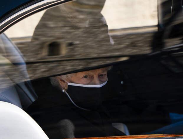 Какие две вещи принца Филиппа королева взяла с собой на прощание с мужем