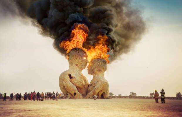 Фестиваль Burning Man (горящий человек) в пустыне Блэк-Рок