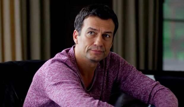 Исхудал, постарел: что случилось с актером Андреем Чернышовым