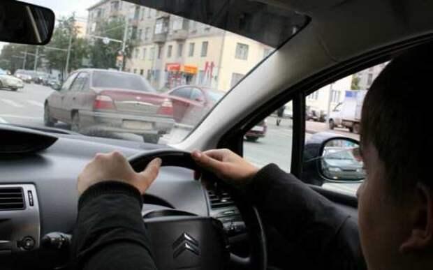 http://autonoob.ru/wp-content/uploads/img/kak_nauchitsya_vodit_mashinu_zhencshine_26.jpg