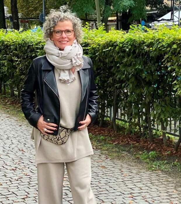 Классные образы с курткой косухой для дам элегантного возраста: Удобно, красиво, со вкусом