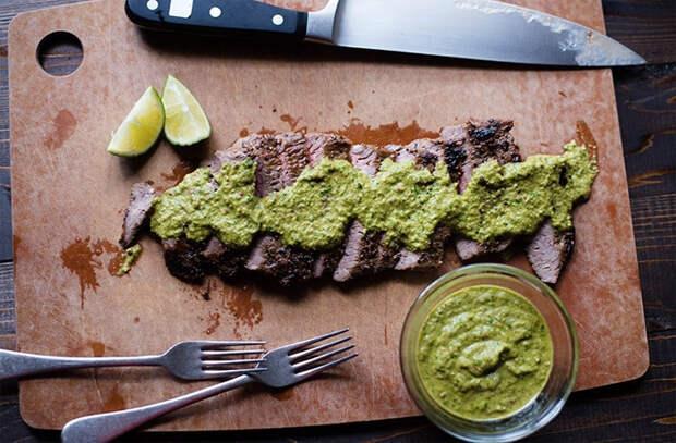 Улучшаем вкус жареного мяса: делаем 4 мясных соуса