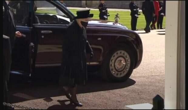"""Елизавета II прервала молчание, сделав заявление  впервые после смерти мужа: """"Во время королевского траура..."""""""