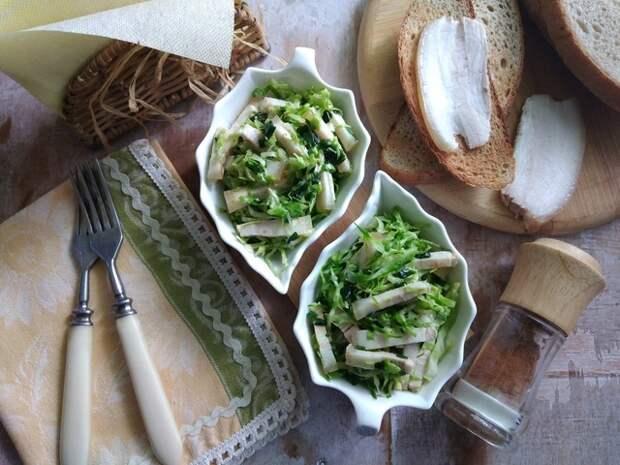 Фото к рецепту: Салат с салом