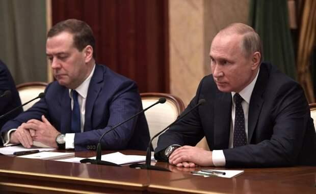 """""""Теперь Путину точно конец!"""" Птенцы гнезда кудринского в роли либеральных пророков"""