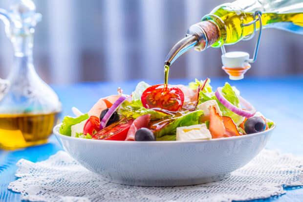 Салат с оливковым маслом