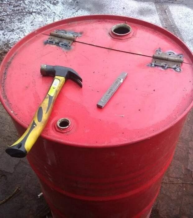 Как сделать печь для сжигания мусора на участке? Подойдёт даже для отапливания помещений.