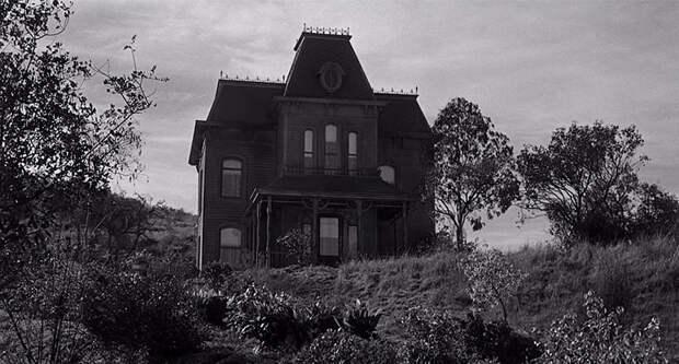 5 самых страшных домов из фильмов ужасов