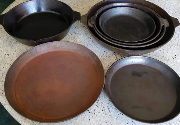 Восстанавливаем чугунную сковородку: блестит как новая и жарит лучше