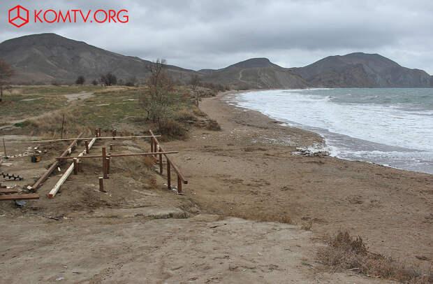 Сооружение основного спуска к пляжу