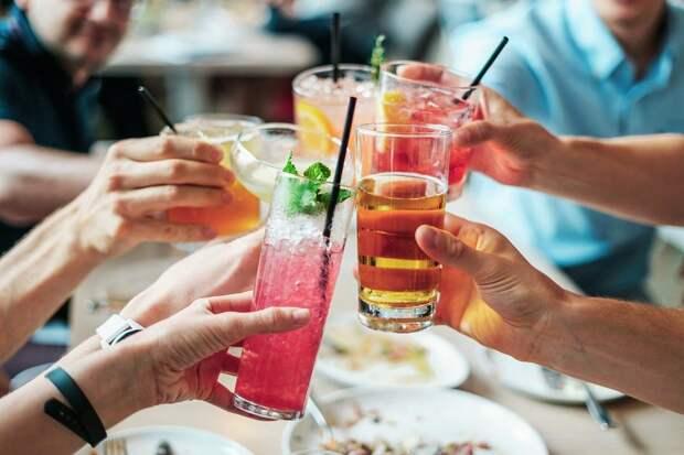 Нарколог назвал позитивные эффекты от алкоголя