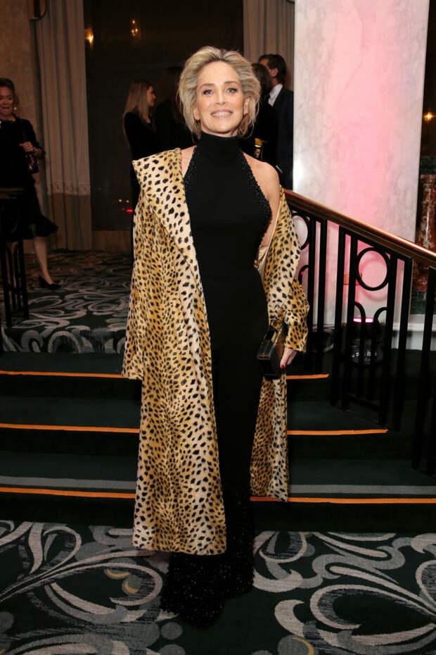 Можно ли носить мини, леопард и худи после 50? Показывают звезды