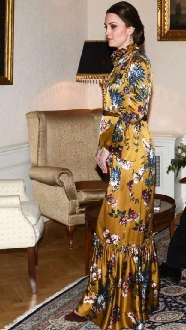 Кейт Миддлтон на ужине в британском посольстве в Стокгольме, 2018 год. / Фото: Express.co.uk