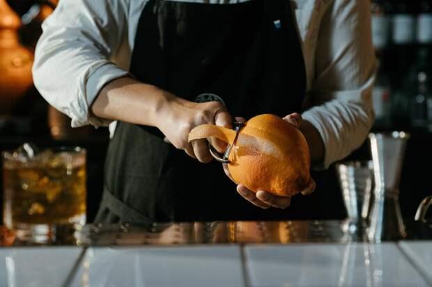 Пять интересных способов применения фруктовой кожуры в быту