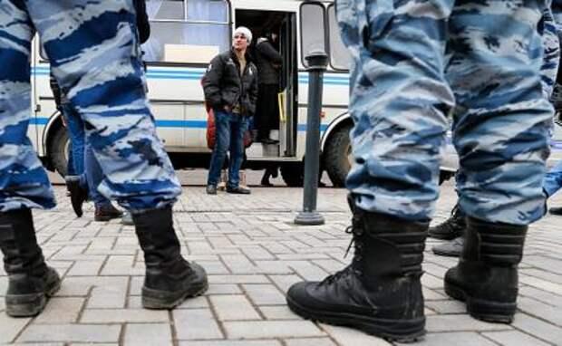 Москва на кулаках: Средняя Азия устраивает мордобой на улицах столицы, может и в ухо залететь