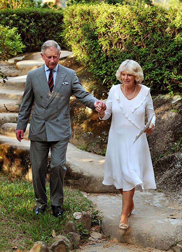 Печальное совпадение: принц Филипп скончался в годовщину свадьбы своего сына Чарльза