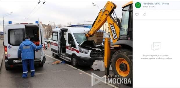 В сети появилось видео аварии «скорой помощи» на Шоссе Энтузиастов