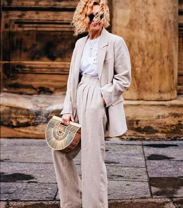 Модные костюмы для женщин 50 лет на осень 2020: образы подходящие на любой случай