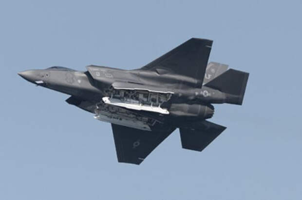 США из-за России задумали улучшить двигатели F-35