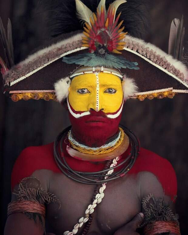 Коренные народы: 20 фотопортретов, от которых невозможно оторвать взгляд