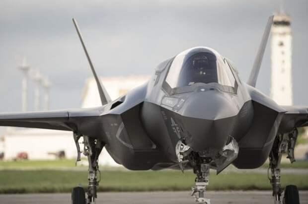 Турцию официально уведомили об исключении из программы производства F-35