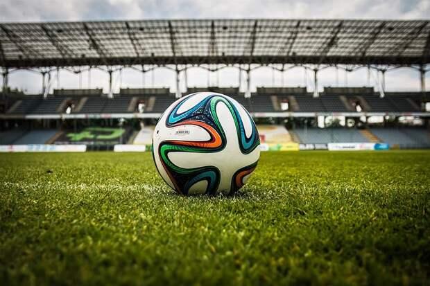 Для пенсионеров из Лианозова проведут занятия по футболу