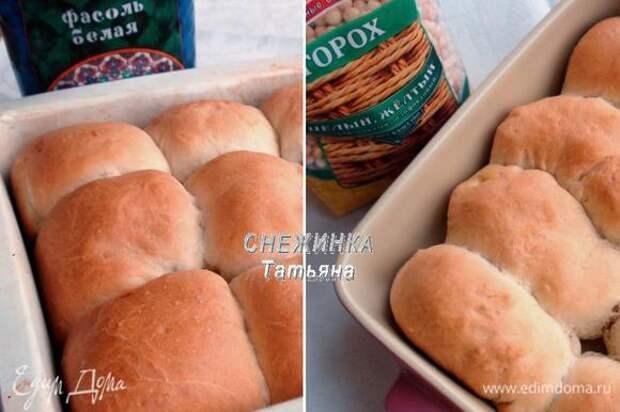 Ставим выпекаться пирожки в разогретую до 180°С духовку на 30 — 35 минут. Они должны зарумяниться.