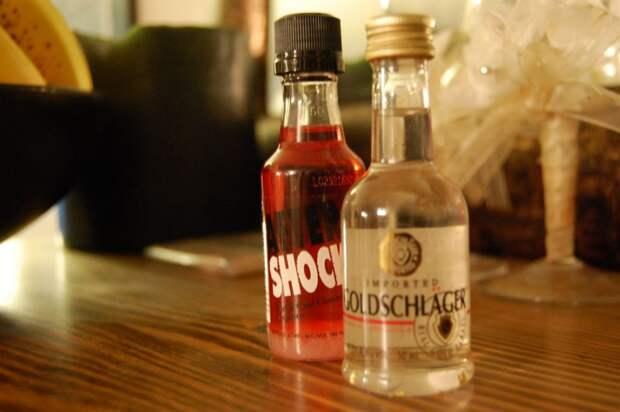 11 экзотических и опасных алкогольных напитков со всего мира