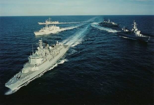 В Китае неожиданно отреагировали на провокацию Великобритании в Черном море